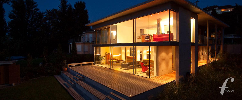 Architektur mit Stahl und Glas